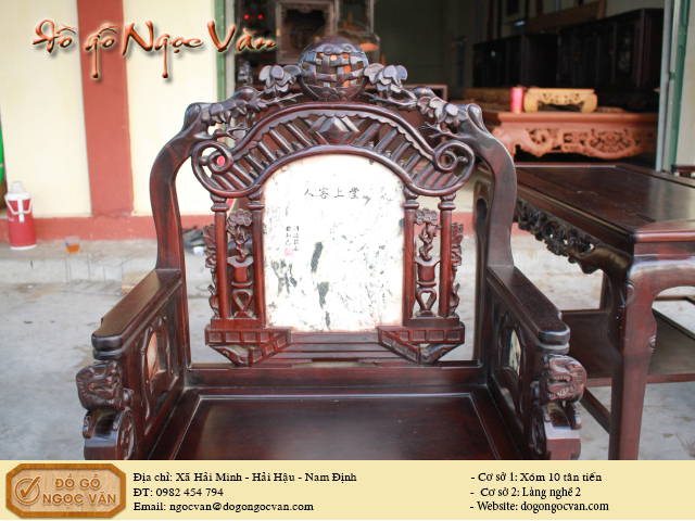 Bộ ghế vách cổng thành